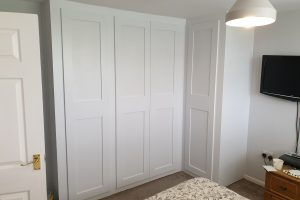 L Shaped Fitted Wardrobe