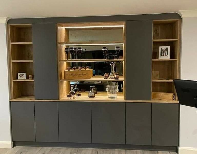 Bespoke Recess Fitted Furniture